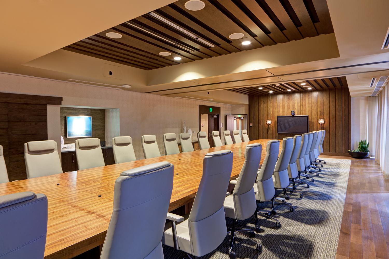 Board Meeting Rooms In Toronto
